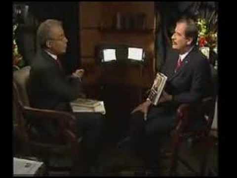 Vicente Fox estalla y abandona entrevista