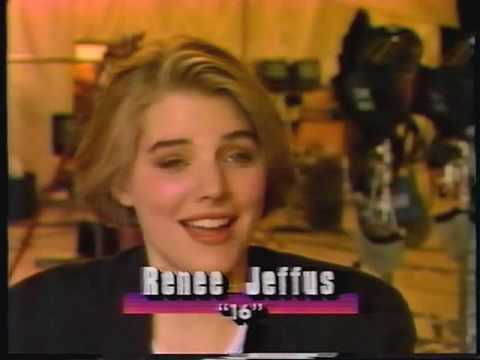 ET - Faces of the 90s - Niki Taylor & Milla Jovovich Video
