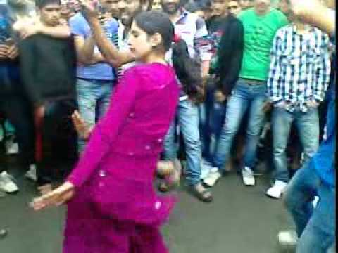 Kashmiri Rande. . . . . Im video