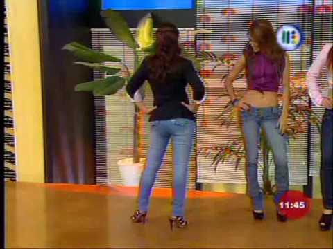 Sexy Pasarela En Jeans De Todas Las Chicas de Venga La Alegria