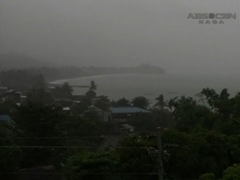 Raw: Typhoon Melor Slams into Philippines