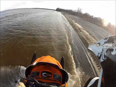 arctic cat m8 water skipping mbrp can