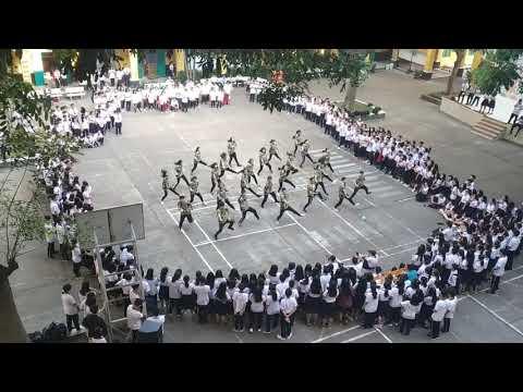 Flashmob THPT Trưng Vương với nhóm AHD (21/11/2018)