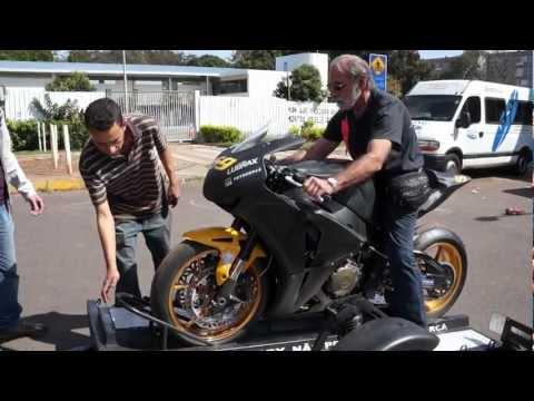 Dr Remy 2012 07 21 moto na carreta