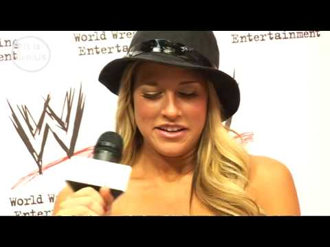 wwe's Kelly Kelly wanted to be a news reader, but was sidetracked by ...