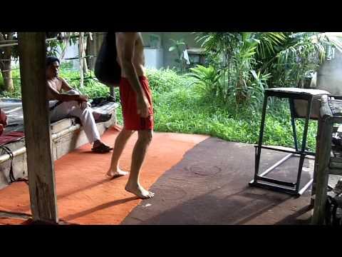 Muay Thai Kick Footwork Training - Thai Champion Boxer Jeremy Wight