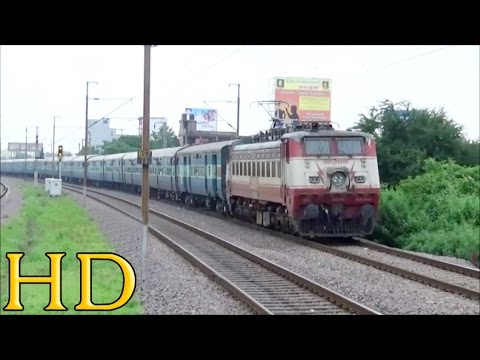Grandpa Of Indian Railways Ghaziabad Wap-1 Smoothly Accelerates With 18213 Durg Jaipur Express video