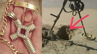 GOLD & DIAMONDS from the Hole ! ORO Y DIAMANTES del Hoyo !! Deteccion Metalica ! Metal Detecting !