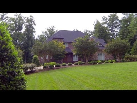 Beautiful Lake James Home for Sale - 4775 Summer Place, Morganton, NC