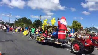 Greenhithe Santa Parade 2015 Fast motion in 39 seconds