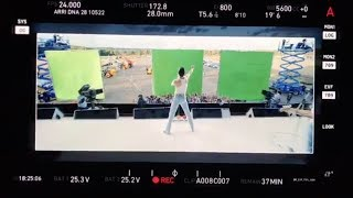 """Bohemian Rhapsody"" - Behind the Scenes with Director Bryan Singer"