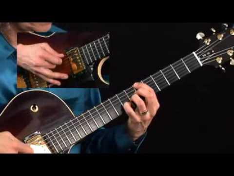 Guitar Lesson - Mimi Fox - Flying Solo - Blues Walking Bass Breakdown