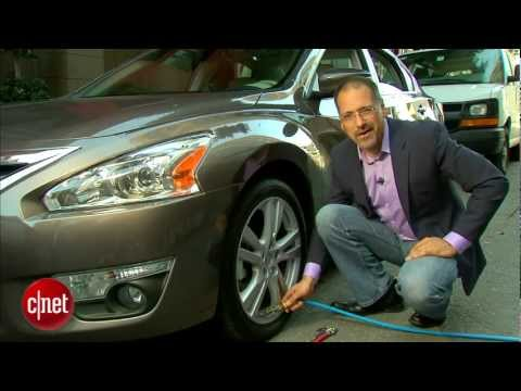 Car Tech - 2013 Nissan Altima SL