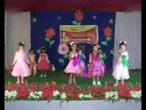 I Am A Barbie Girl - Euro Kids Annapurna Annual Day 2013, Indore video