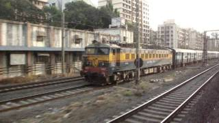 Indian Railways..Exciting Diesel v/s Electric Parallel action in Mumbai.