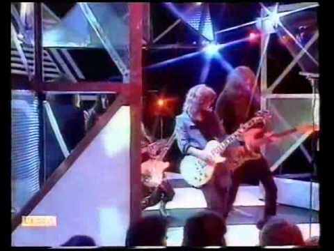 Girlschool - Please Dont Touch