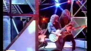Motorhead  and  Girlschool -   Please Don't Touch (Top Of The Pops)