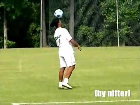 Ronaldinho Freestyle Mix video