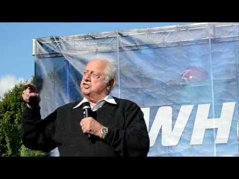 Tommy Lasorda speech at Fan Fest 2013 (1)