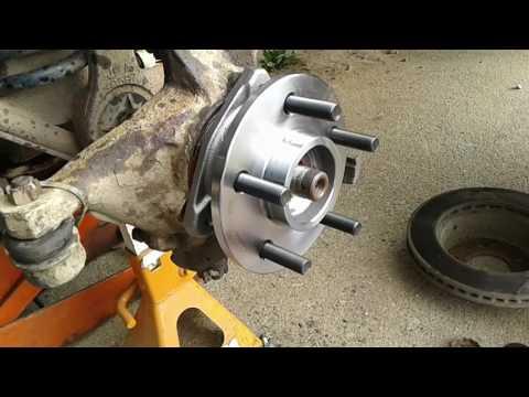 Dana 30/44 bad hub bearing assembly