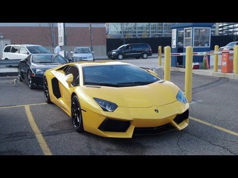 Backing Up An Aventador Like a Boss!