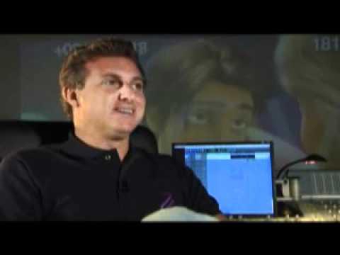 Luciano Huck fala sobre a dublagem