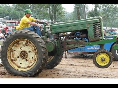 John Deere 2 Cylinder Tractor Pull Overload