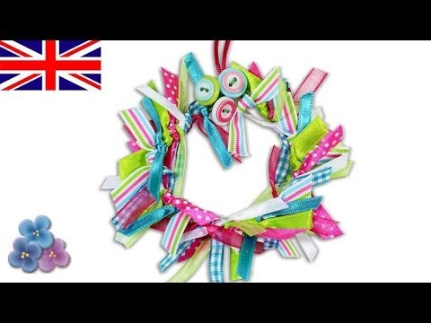 How To Make A Ribbon Wreath Diy Christmas Decorations