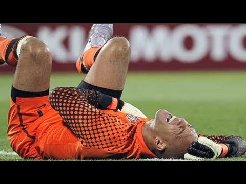 Tim Howard Broken Back Injury