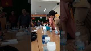 Công ty Việt Hưng Phát xử khách hàng bằng sơn đỏ  và mắm tôm