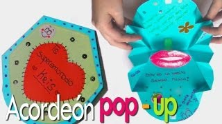 Tarjeta acordeon  pop up