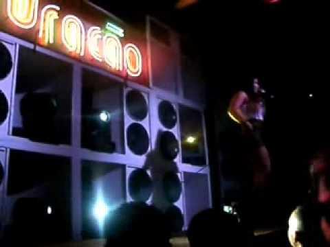 Mc Leticia ao Vivo no Sanches clube em Mauá