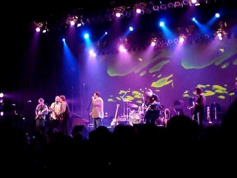 Octopus's Garden - Beatles performed by Glen Burtnik at the State Theater, New Brunswick, NJ 7/25/09