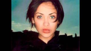 Watch Natalie Imbruglia Intuition video