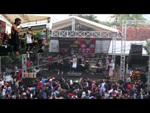 YOUNG LEX - Kok Gatel Live SMK PGRI 3 Bogor