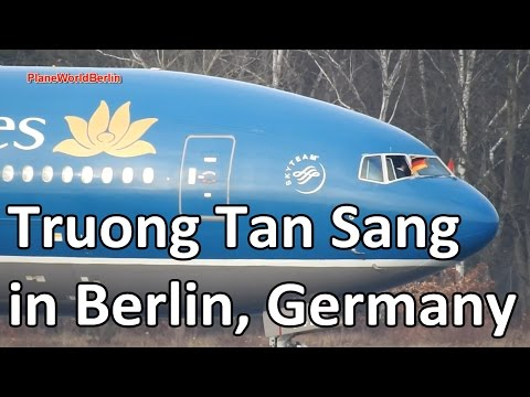Truong Tan Sang (President of Vietnam) arrives in Berlin, Germany