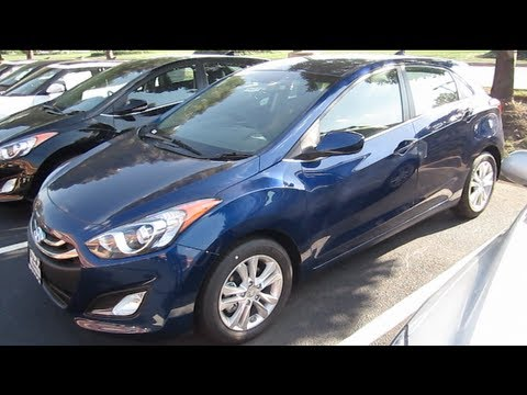 2013 HYUNDAI ELANTRA GT Review Start Up Engine Walk Around