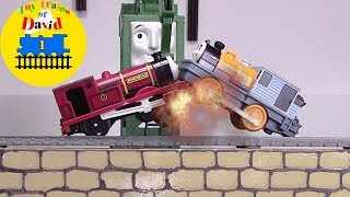 THE WORLD'S STRONGEST ENGINE Thomas and Friends Trackmaster Toy Trains for Kids