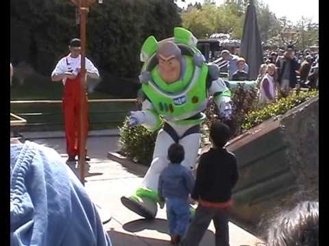 Meet 'n' Greet Buzz Lightyear Disneyland Park