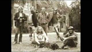 Watch Ozark Mountain Daredevils You Know Like I Know video