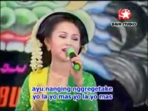 Sangga Buana Uler Kambang - Nonik Aprilia video