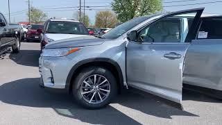 New 2019 Toyota Highlander XLE SUV AWD TK753