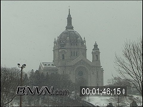 12/29/2003 General snow video from St. Paul, MN