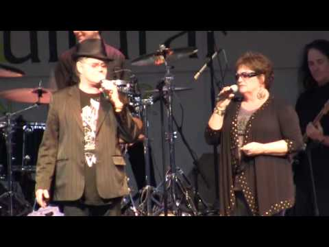 Mickey Dolenz & Coco: Everly Bros' Crying in the Rain; Linda Ronstadt's Different Drum (8/15)