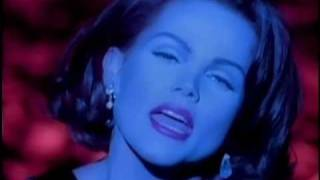 Клип Belinda Carlisle - Half The World