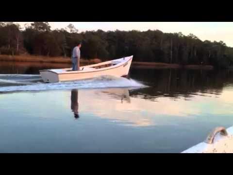 19 ft. Chesapeake Bay Deadrise Skiff - YouTube