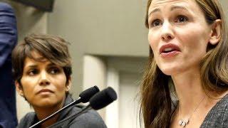 Halle Berry, Jennifer Garner Fight Back Against Papparazzi  8/15/13