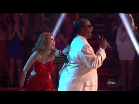 Stevie Wonder and Female Pros'-DWTS'16-Wk-6.