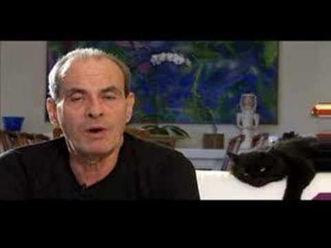 Ney Matogrosso fala sobre o CD/DVD/Espetáculo Inclassificaveis e sobre este momento da sua carreira.