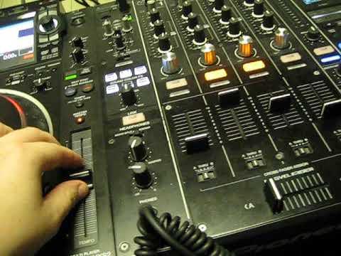 Фишка с наушниками  и кнопки на эффекторе. (просто пара  полезных советов)